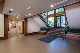 interior_q5a7311-hdr